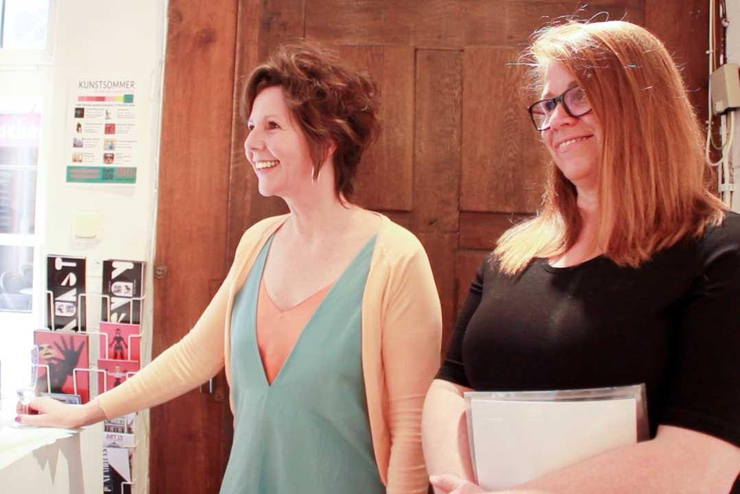 Les lignes du chaos Kunstausstellung Apogeé - Larissa Schröder und Bettina Fischer - Ruth E.E. Cordes und ich genießen!
