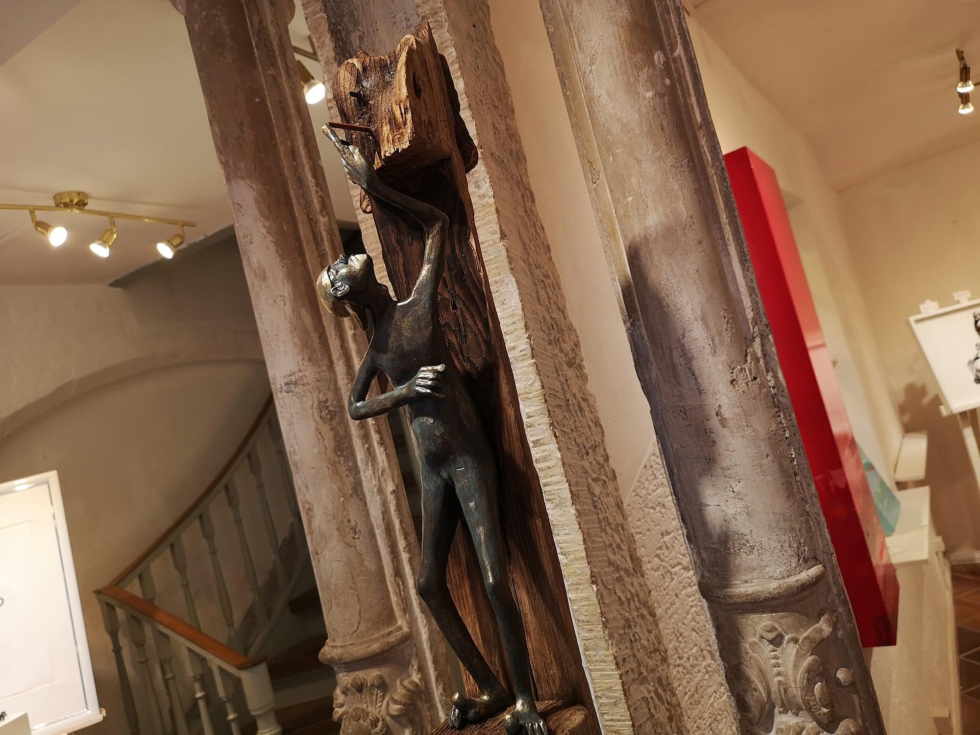 Irmgard Kaduk Skulptur: Das Geheimnis