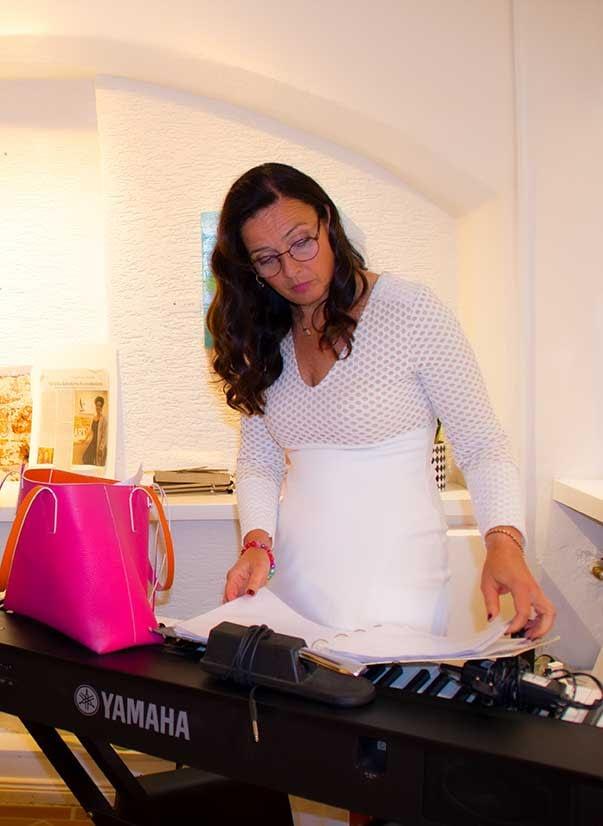 les lignes du chaos Kunstausstellung: Sorting the sound - Latissa Schröder mit Running order